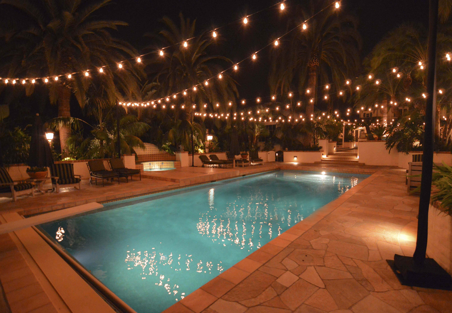 Hanging patio string lights a pattern of perfection - How to use lights to decorate your patio ...