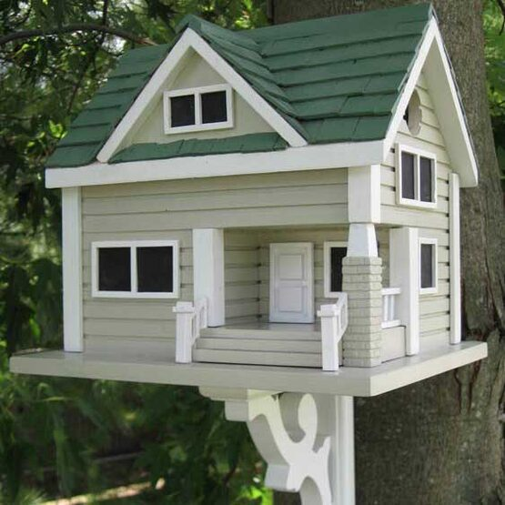 Bungalow In Pd: Bungalow Bird House