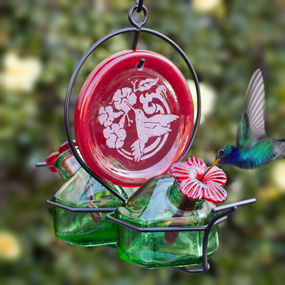 Bouquet Deluxe Red Medallion Glass Hummingbird Feeder