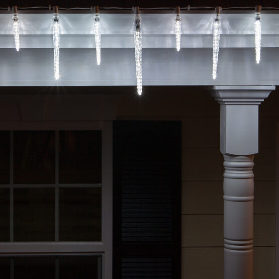 C7 LED Light Bulb, Cool White Falling Icicle