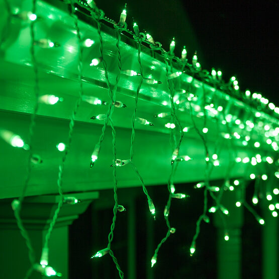 100 Icicle Lights, Green, White Wire