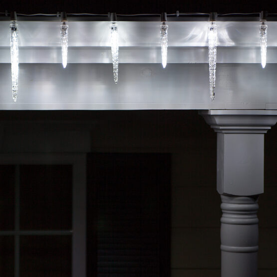 C7 Commercial LED String Lights, Cool White Falling Icicle