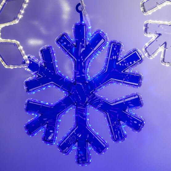 LED 18 Point Snowflake with Blue Acrylic Center, Blue Lights