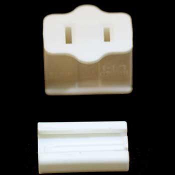 SPT1 Polarized Female Zip Plug, Ivory