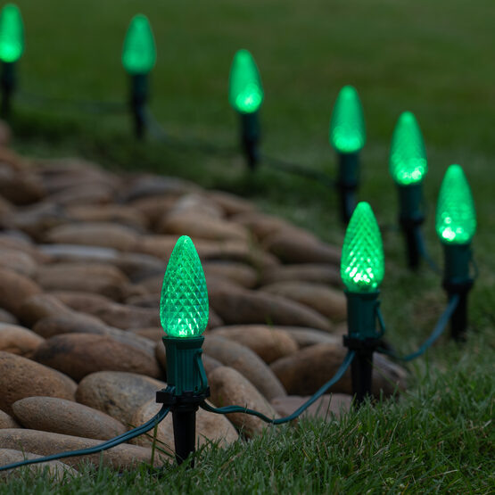 "OptiCore C9 LED Walkway Lights, Green, 4.5"" Stakes, 25'"