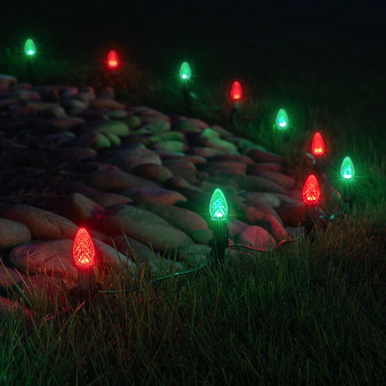 """OptiCore C7 LED Walkway Lights, Green / Red, 4.5"""" Stakes, 50'"""