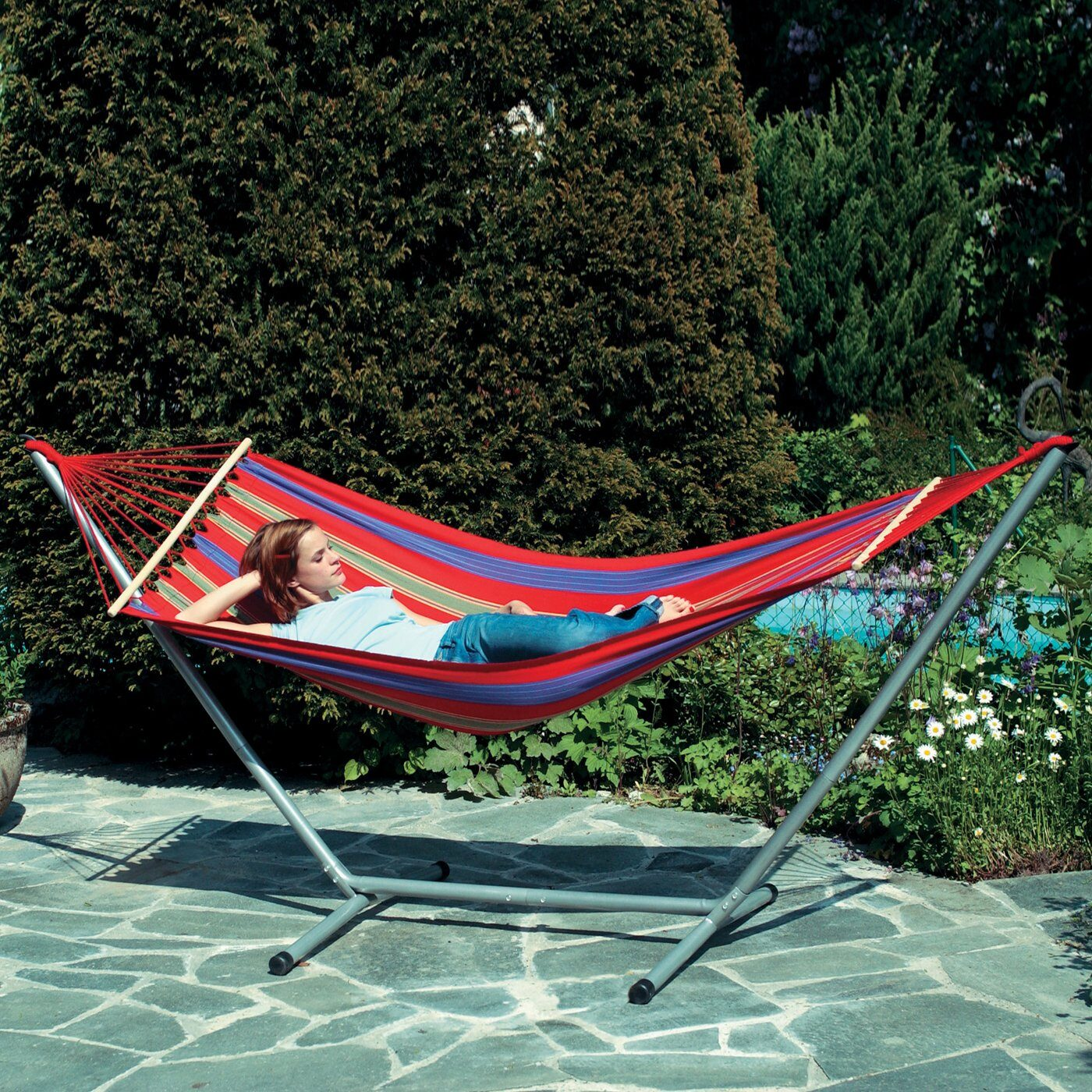 hammock with stand how to hang a hammock   yard envy  rh   yardenvy
