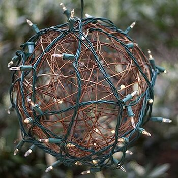 Backyard String Grapevine Ball Lights