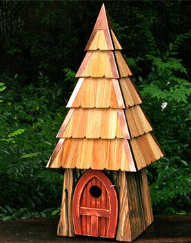 Bird House for Sapsuckers and Common Backyard Birds