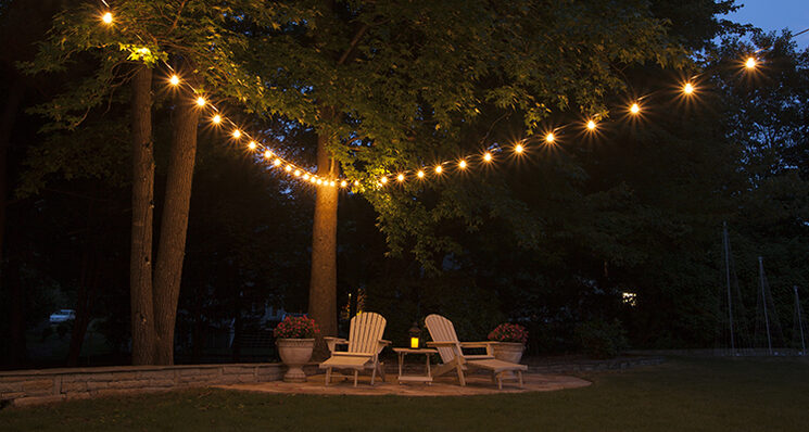 String Lights Across Patio : Hanging Patio String Lights: A Pattern of Perfection - Yard Envy